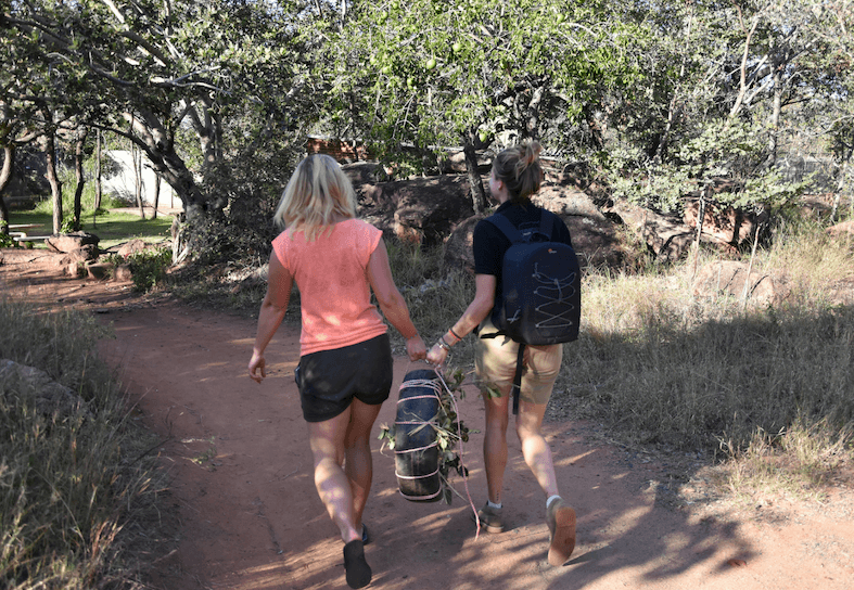 Family-volunteering-baboon-enrichment