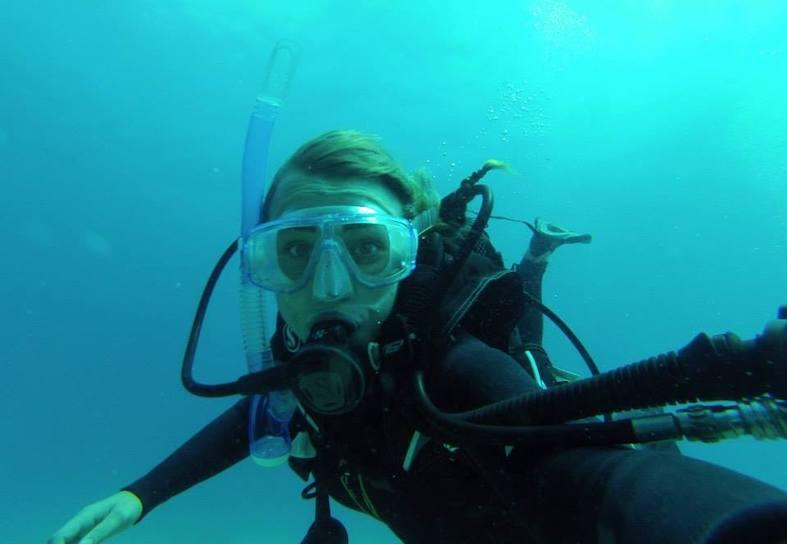 UA jess underwater